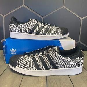 New W/ Damaged Box! Adidas Superstar Snack Pack Wh